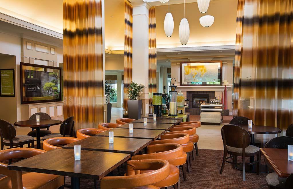Hilton Garden Inn Portland/Beaverton Lobby