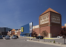 Shops at Lyndale 2
