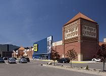Shops at Lyndale 2