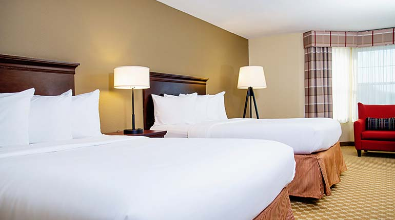 Country Inn & Suites Brookfield - Double Queen